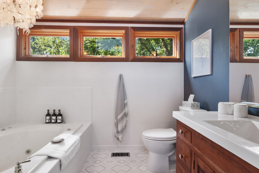 Real Estate Photography - 3 Hathaway Crescent, Sugar Grove, IL, 60554 - Master Bathroom