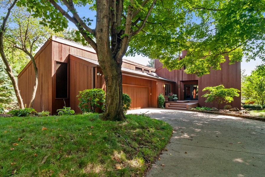 Real Estate Photography - 3 Hathaway Crescent, Sugar Grove, IL, 60554 - Front View