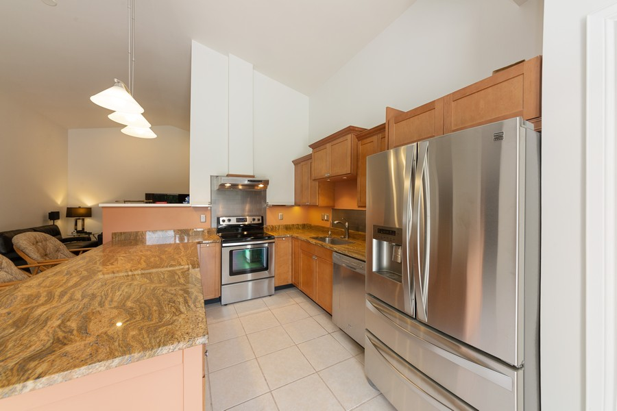 Real Estate Photography - 11144 Waterford Ave, Englewood, FL, 34224 - Kitchen