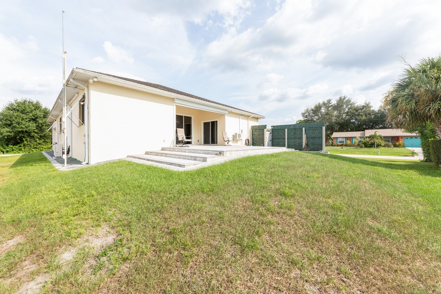 Real Estate Photography - 11144 Waterford Ave, Englewood, FL, 34224 - Back Yard