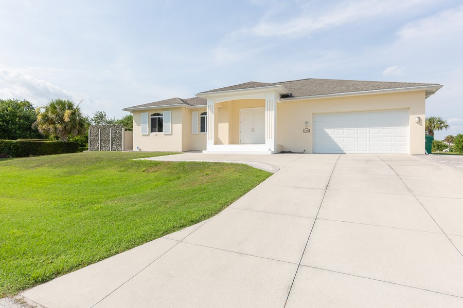 Real Estate Photography - 11144 Waterford Ave, Englewood, FL, 34224 - Front View