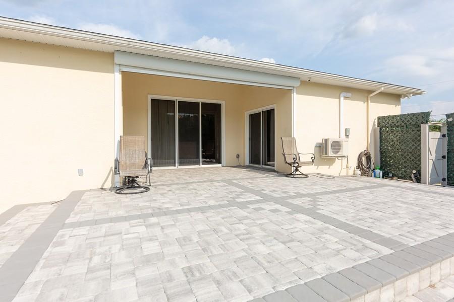 Real Estate Photography - 11144 Waterford Ave, Englewood, FL, 34224 - Lanai