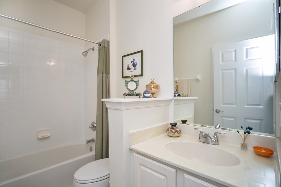 Real Estate Photography - 1103 Mosaic Drive, Celebration, FL, 34747 - Upstairs Bath 2