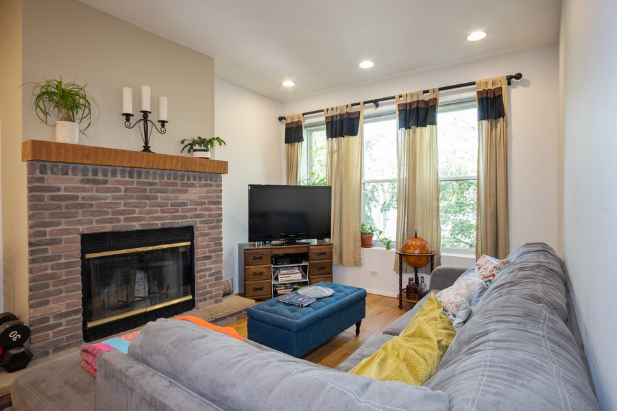 Real Estate Photography - 3949 N Saint Louis Ave, Unit 2, Chicago, IL, 60618 - Living Room