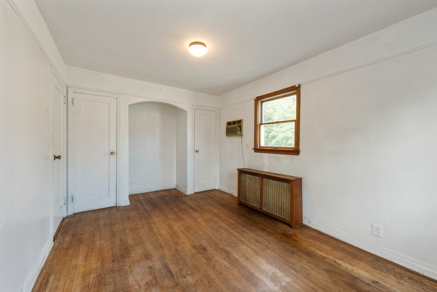 Real Estate Photography - 80-42 208th St, Queens Village, NY, 11427 - BedRoom 1 - view C