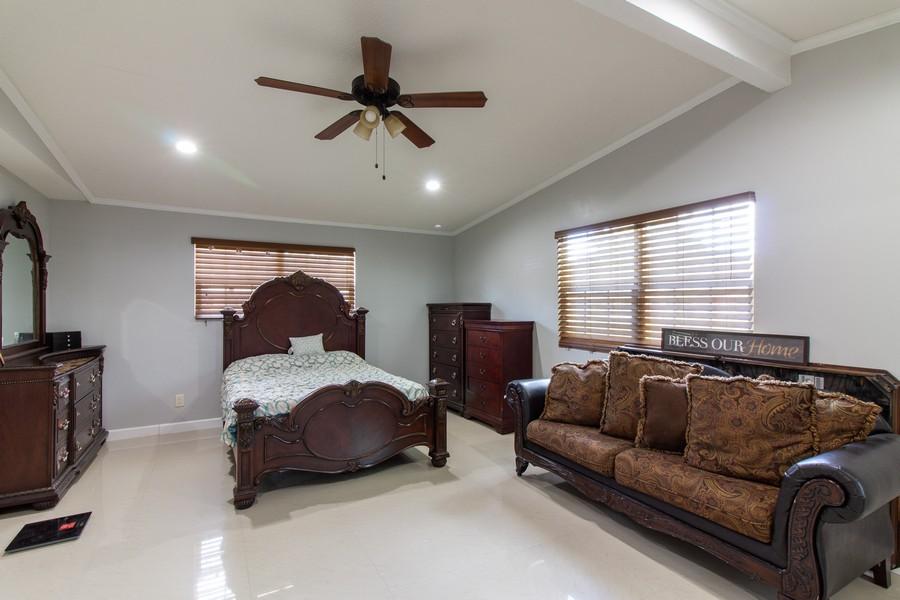 Real Estate Photography - 2519 COTILLION RD, JACKSONVILLE, FL, 32211 - Master Bedroom