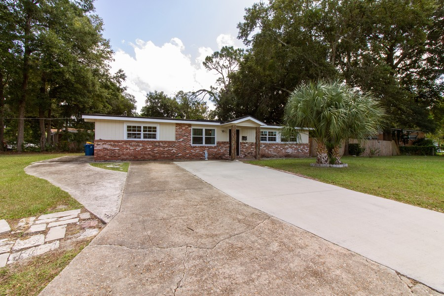 Real Estate Photography - 2519 COTILLION RD, JACKSONVILLE, FL, 32211 - Front View