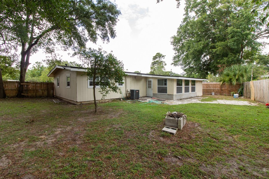 Real Estate Photography - 2519 COTILLION RD, JACKSONVILLE, FL, 32211 - Rear View