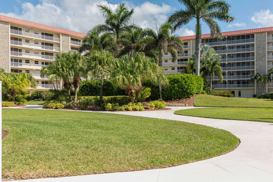 Real Estate Photography - 25730 Hickory Blvd #536, Bonita Springs, FL, 34134 -