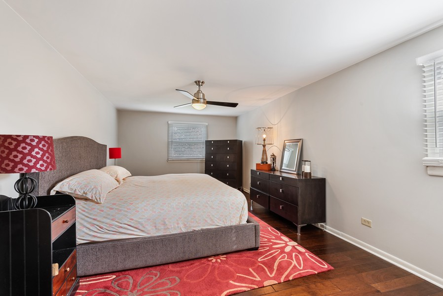 Real Estate Photography - 1560 Chapel Ct, Deerfield, IL, 60015 - Master Bedroom