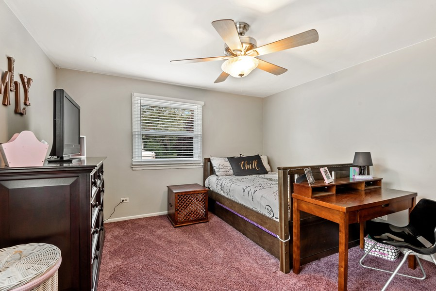 Real Estate Photography - 1560 Chapel Ct, Deerfield, IL, 60015 - Bedroom
