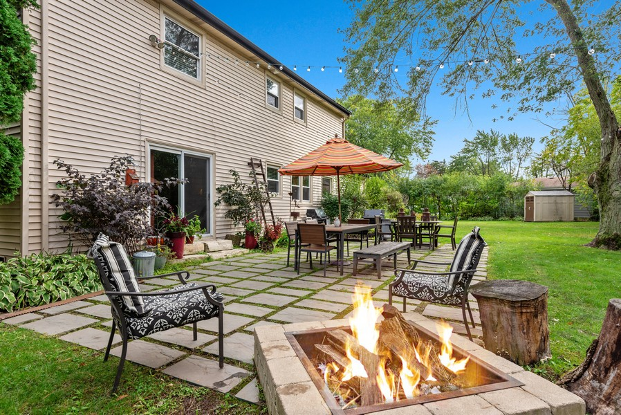 Real Estate Photography - 1560 Chapel Ct, Deerfield, IL, 60015 - Back Yard