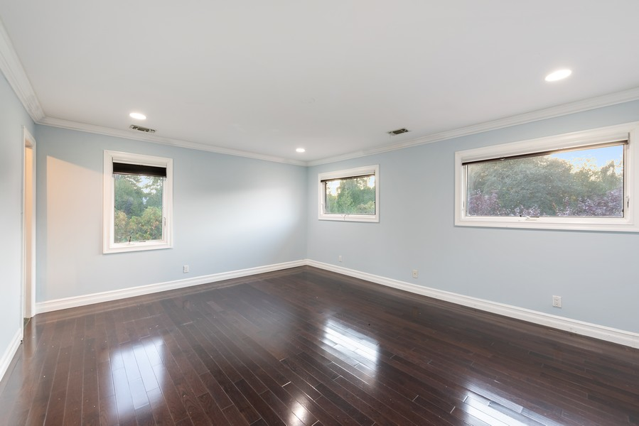 Real Estate Photography - 9 Chester Ct, Huntington, NY, 11743 -