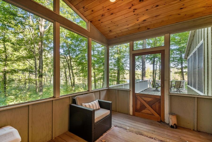 Real Estate Photography - 27 Orchard Lane, Buchanan, MI, 49107 - Screened Porch