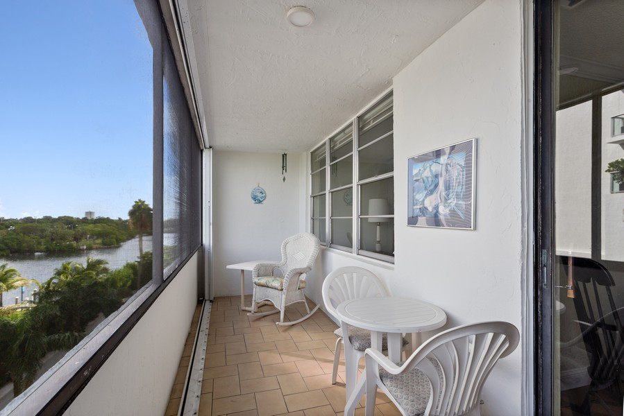 Real Estate Photography - 1170 N FEDERAL HWY, #509, FT LAUDERDALE, FL, 33304 - Balcony