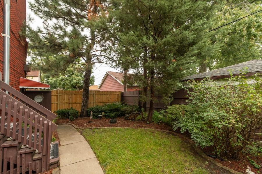 Real Estate Photography - 12631 Greenwood Avenue, Blue Island, IL, 60406 - Back Yard