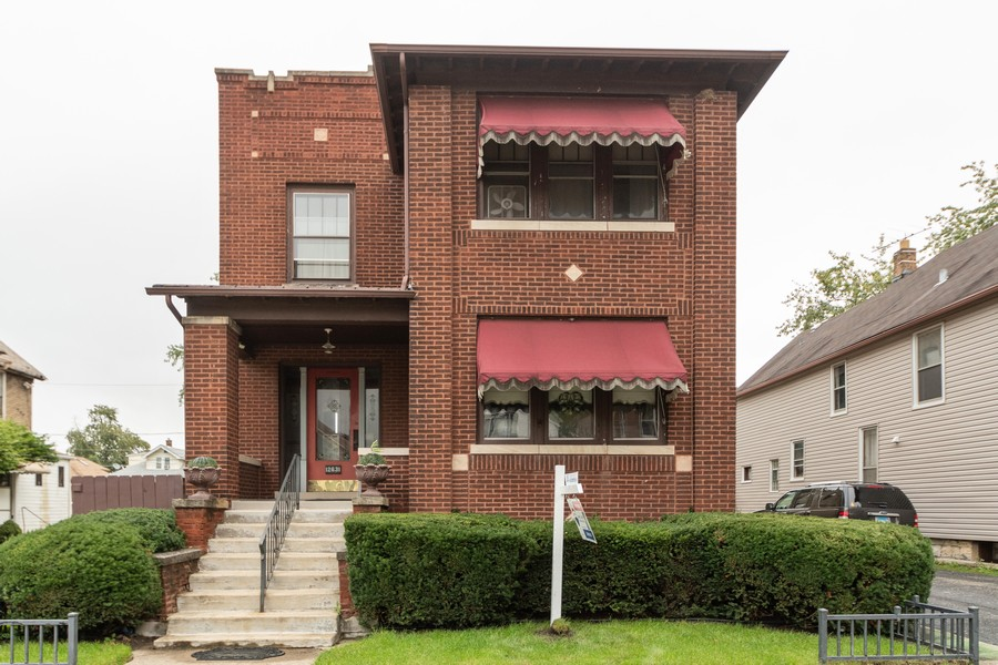 Real Estate Photography - 12631 Greenwood Avenue, Blue Island, IL, 60406 - Front View