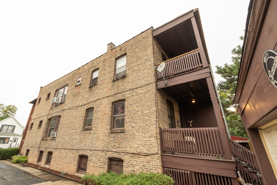 Real Estate Photography - 12631 Greenwood Avenue, Blue Island, IL, 60406 - Rear View