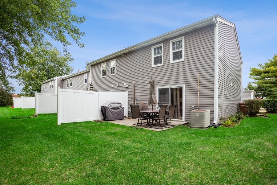 Real Estate Photography - 1379 westminster circle, roselle, IL, 60172 - Rear View