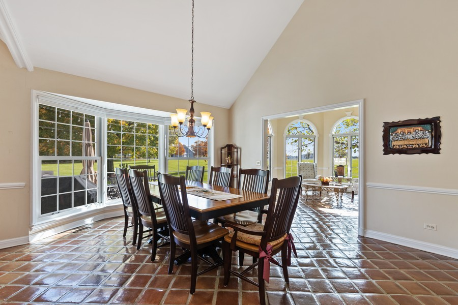 Real Estate Photography - 17199 Yearing Lane, Wadsworth, IL, 60083 - Breakfast Area