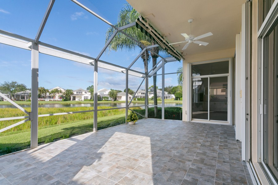 Real Estate Photography - 49 Pinnacle Cove, Palm Beach Gardens, FL, 33418 - Patio