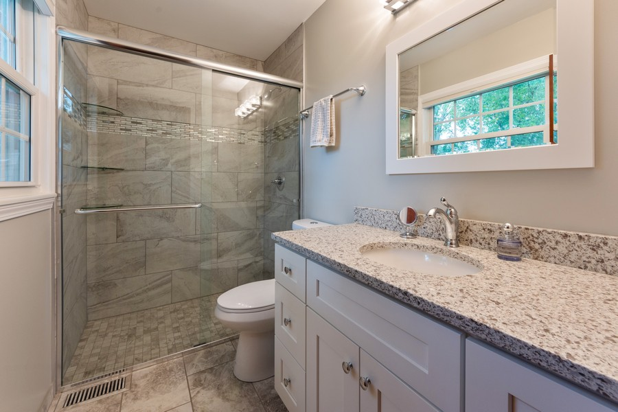 Real Estate Photography - 306 E. Clarendon, Arlington Heights, IL, 60004 - Master Bathroom