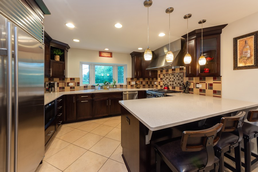 Real Estate Photography - 306 E. Clarendon, Arlington Heights, IL, 60004 - Kitchen / Breakfast Room