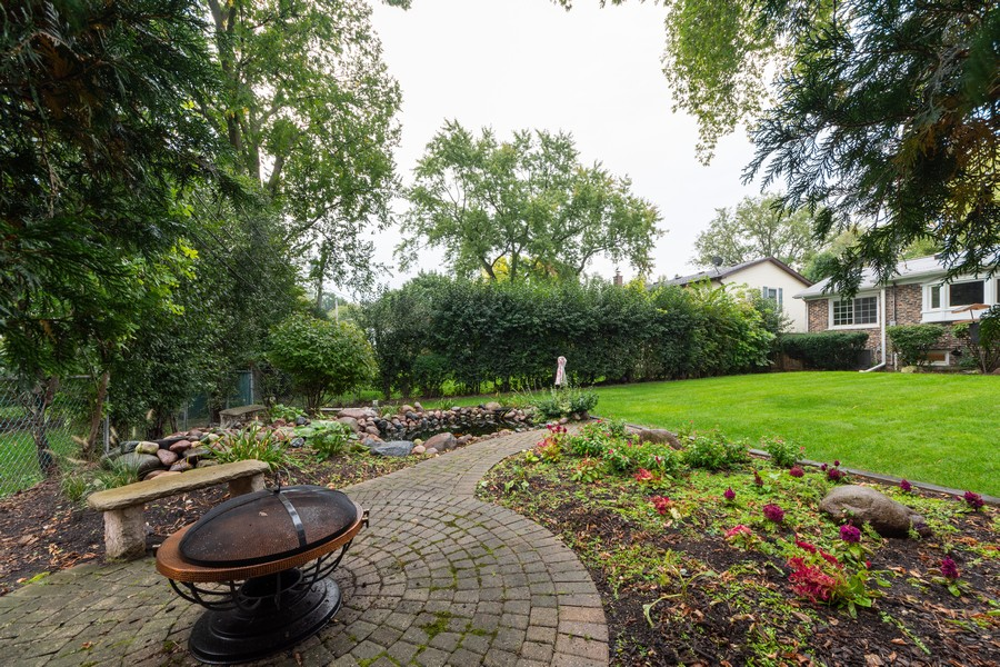 Real Estate Photography - 306 E. Clarendon, Arlington Heights, IL, 60004 - Back Yard