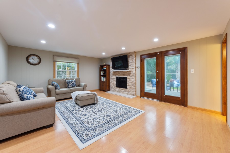 Real Estate Photography - 306 E. Clarendon, Arlington Heights, IL, 60004 - Family Room