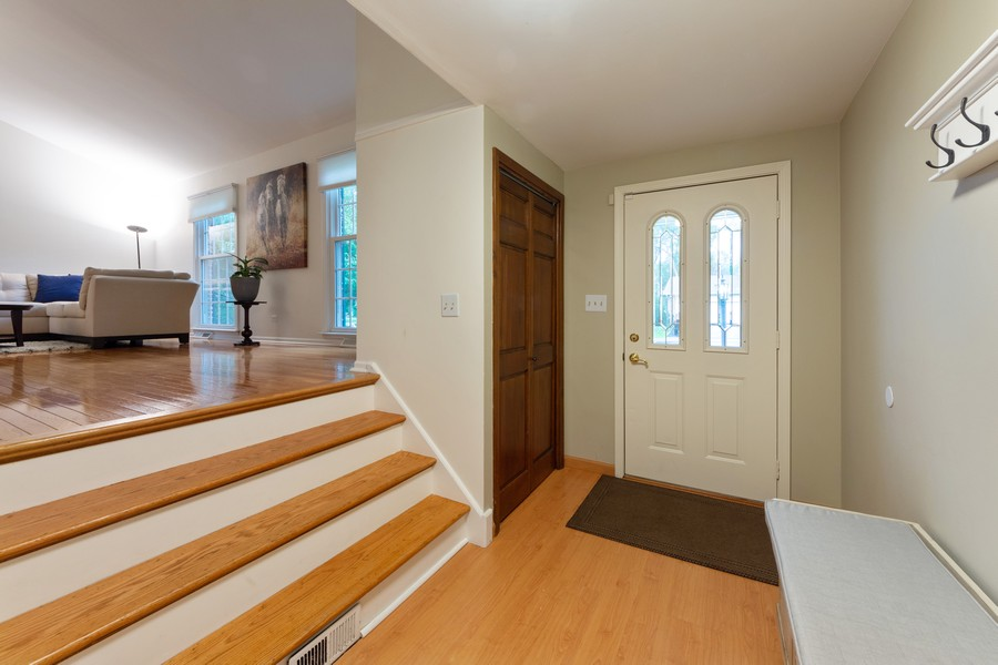 Real Estate Photography - 306 E. Clarendon, Arlington Heights, IL, 60004 - Foyer