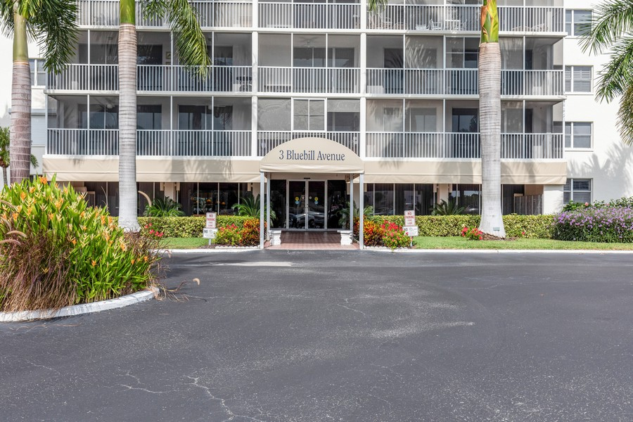 Real Estate Photography - 3 Bluebill Ave Unit 812, Naples, FL, 34108 - Front View