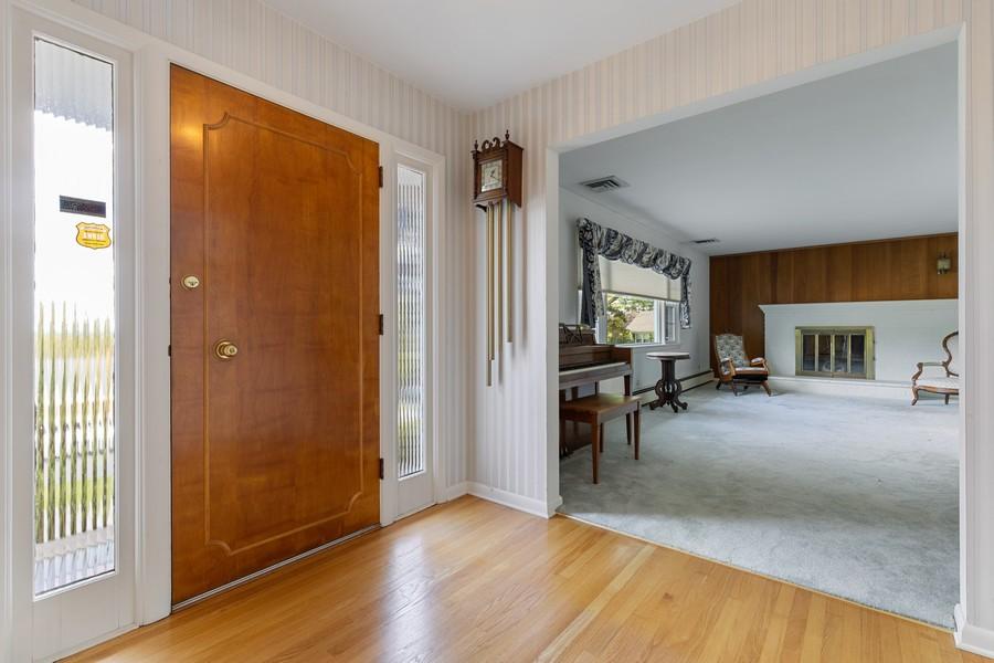 Real Estate Photography - 6 Mandon Terrace, Hawthorne, NJ, 07506 - Foyer