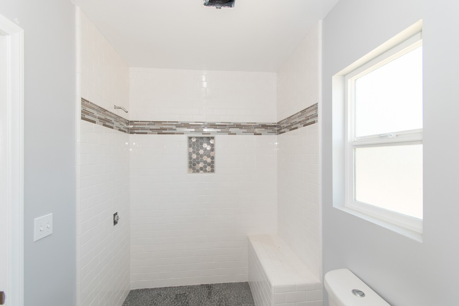 Real Estate Photography - 8926 Laurel Ave, Fontana, CA, 92335 - Master Bathroom