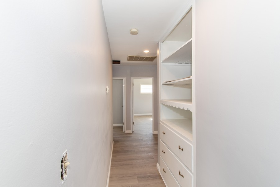 Real Estate Photography - 8926 Laurel Ave, Fontana, CA, 92335 - Hallway