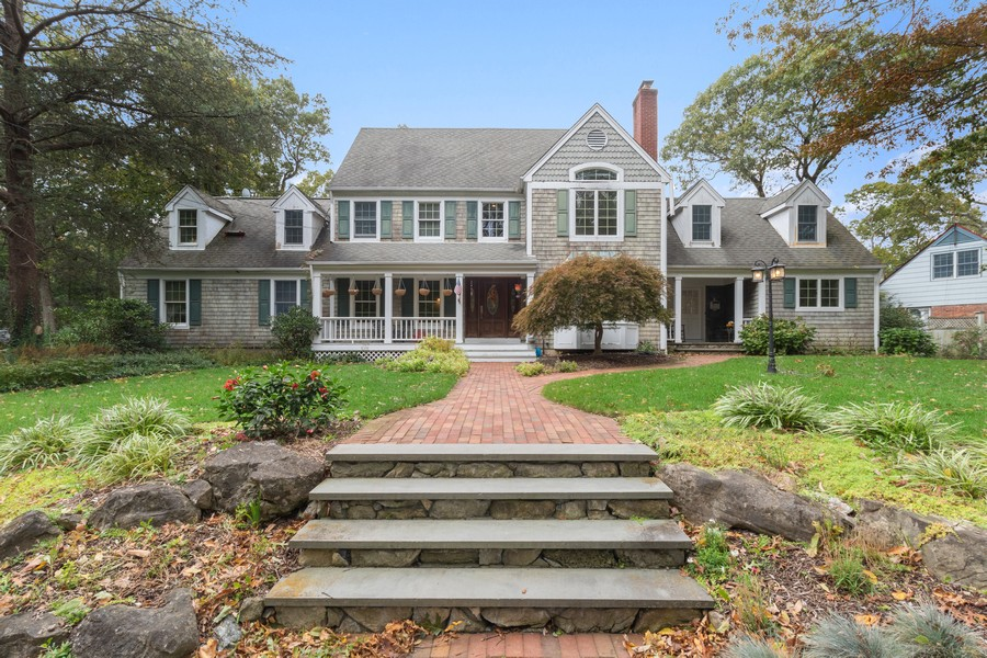 Real Estate Photography - 3 Arosa Court, Greenlawn, NY, 11740 -