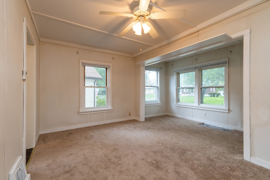 Real Estate Photography - 116 Southwest Circle Dr, Joliet, IL, 60433 - Living Room