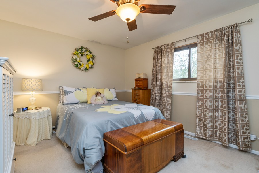 Real Estate Photography - 1918 Heatherway Ln, Unit 31, New Lenox, IL, 60451 - Bedroom