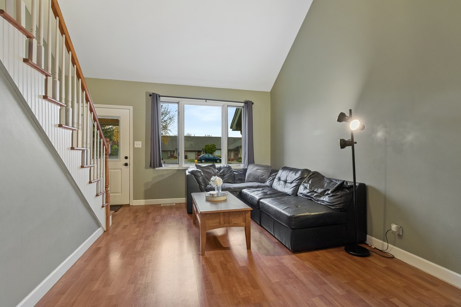 Real Estate Photography - 8148 W 111th St, A1, Palos Hills, IL, 60465 - Living Room