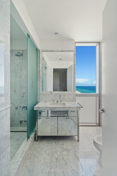 Real Estate Photography - 17475 Collins Ave, Unit 1501, Sunny Isles Beach, FL, 33160 - Master Bathroom