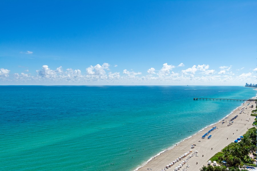 Real Estate Photography - 17475 Collins Ave, Unit 1501, Sunny Isles Beach, FL, 33160 - South View