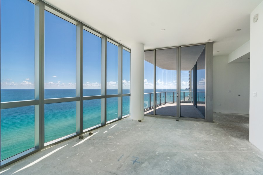 Real Estate Photography - 17475 Collins Ave, Unit 1501, Sunny Isles Beach, FL, 33160 - Master Bedroom