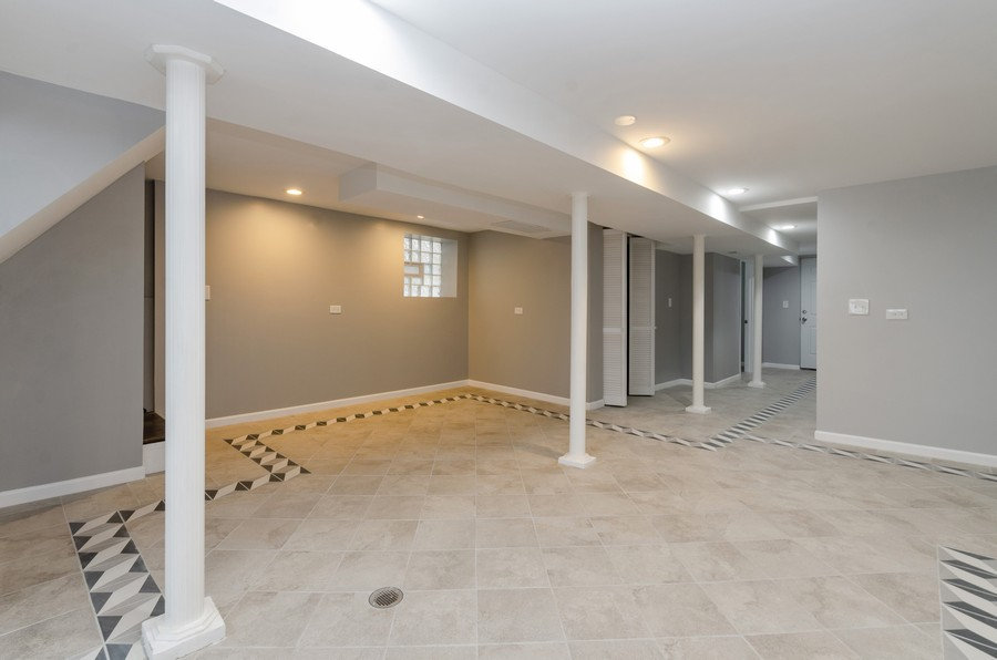 Real Estate Photography - 8223 S Chappel Ave, Chicago, IL, 60617 - Basement