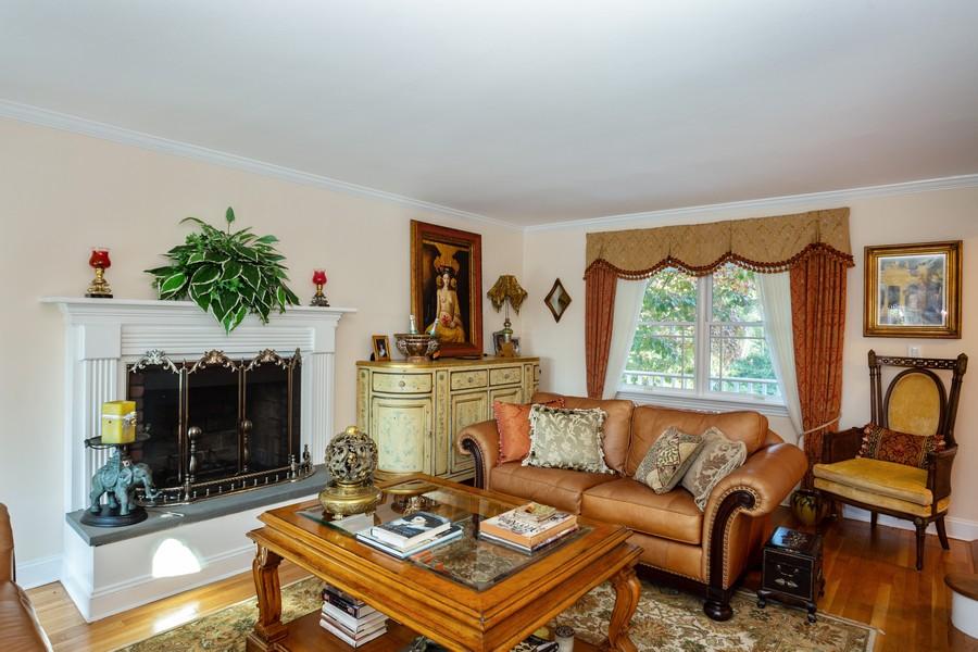 Real Estate Photography - 15 Yorktown Road, East Setauket, NY, 11733 -