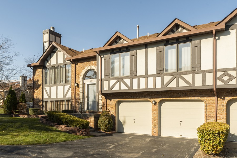 Real Estate Photography - 17595 Windsor Parkway, Tinley Park, IL, 60487 - Front View