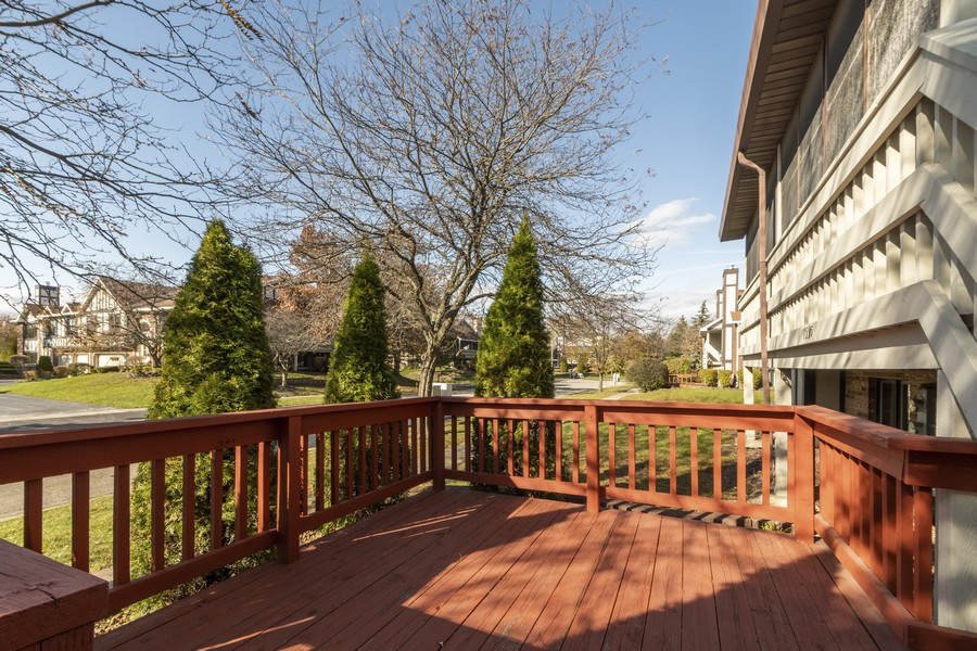 Real Estate Photography - 17595 Windsor Parkway, Tinley Park, IL, 60487 - Deck
