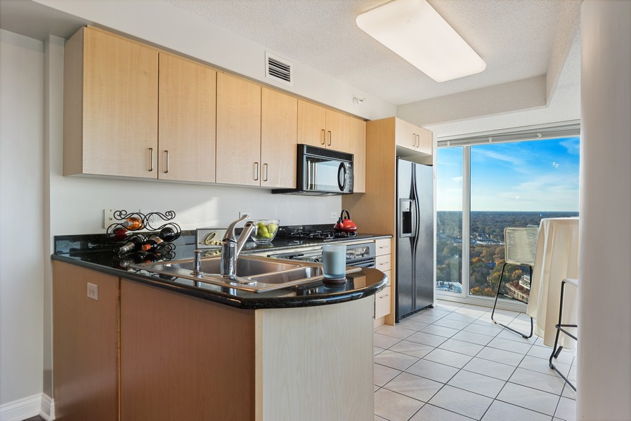 Real Estate Photography - 1720 Maple, Unit 2660, Evanston, IL, 60201 - Kitchen