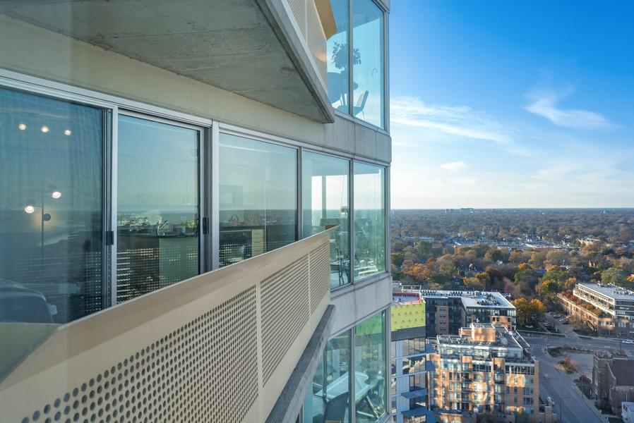 Real Estate Photography - 1720 Maple, Unit 2660, Evanston, IL, 60201 - Balcony