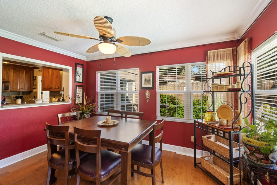 Real Estate Photography - 3424 Lacewood Road, Tampa, FL, 33618 - Breakfast Nook
