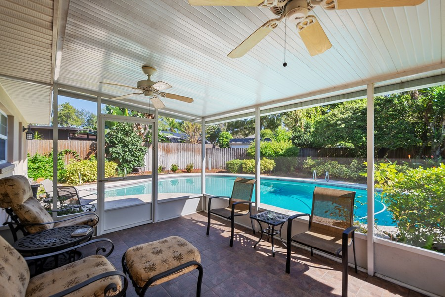 Real Estate Photography - 3424 Lacewood Road, Tampa, FL, 33618 - Patio