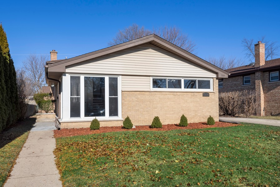 Real Estate Photography - 3534 Arcadia St, Evanston, IL, 60203 - Front View